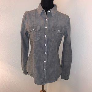 GAP 1969 Grey shirt w/white topstitching Size S